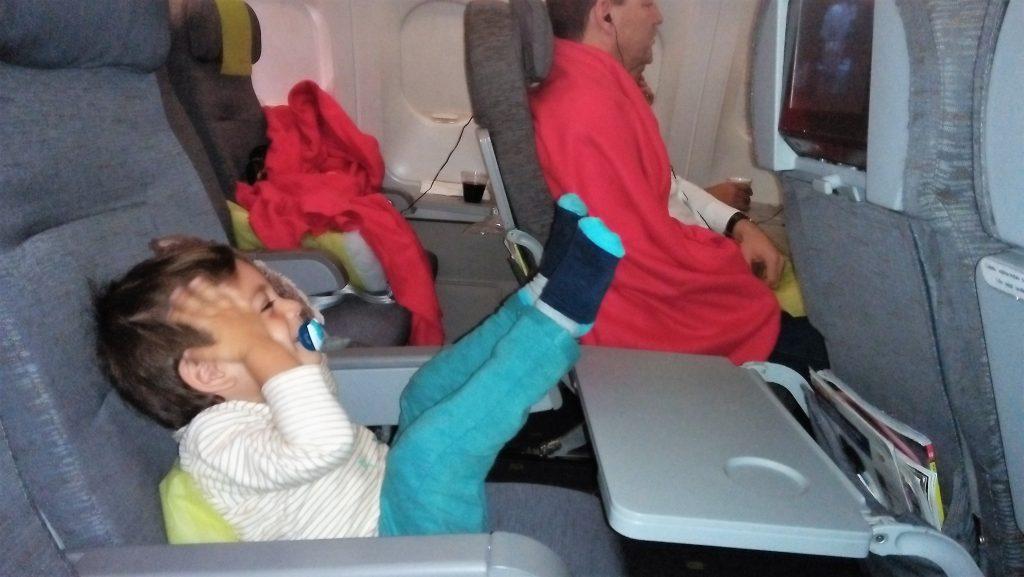 viajar sozinho com bebé