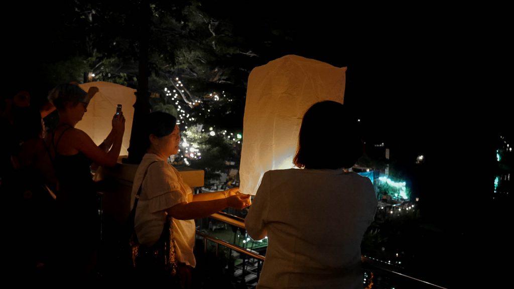 festival das lanterna tailândia