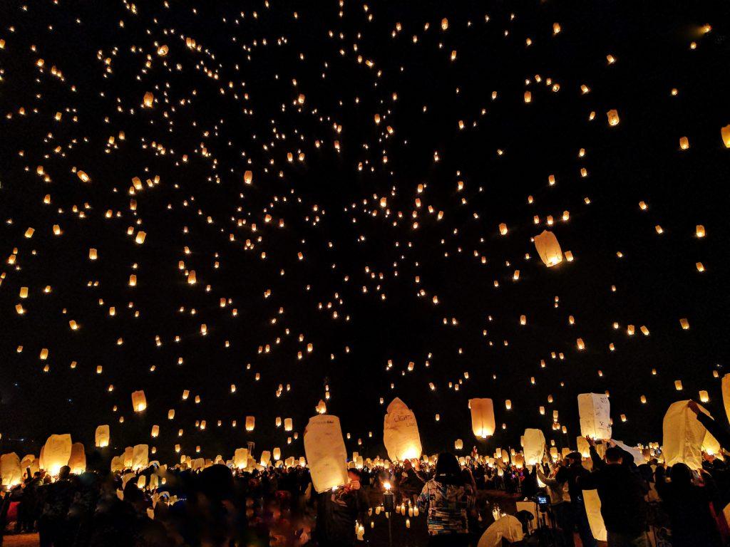 festival das luzes tailândia